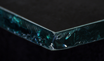 Freehand shelf glass edge