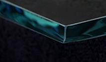 Seaml shelf glass edge