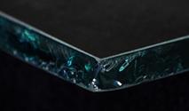 tn Freehand glass edge