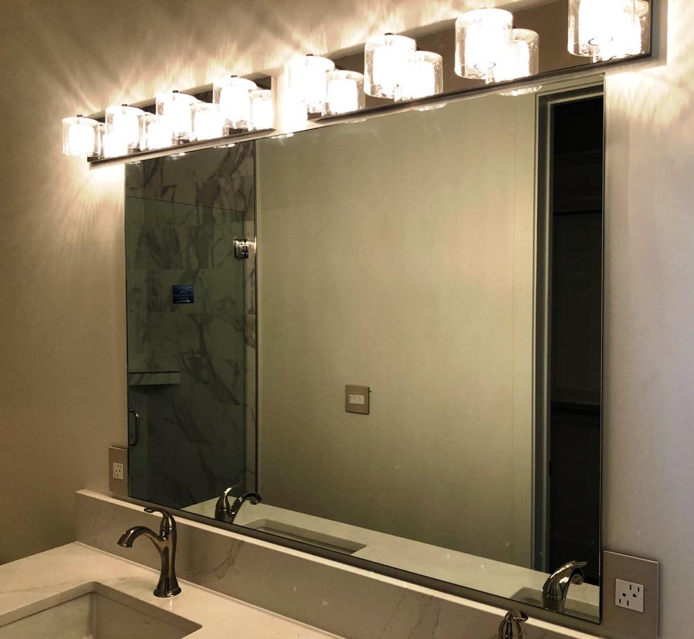 Large vanity mirror - Bathroom 1984