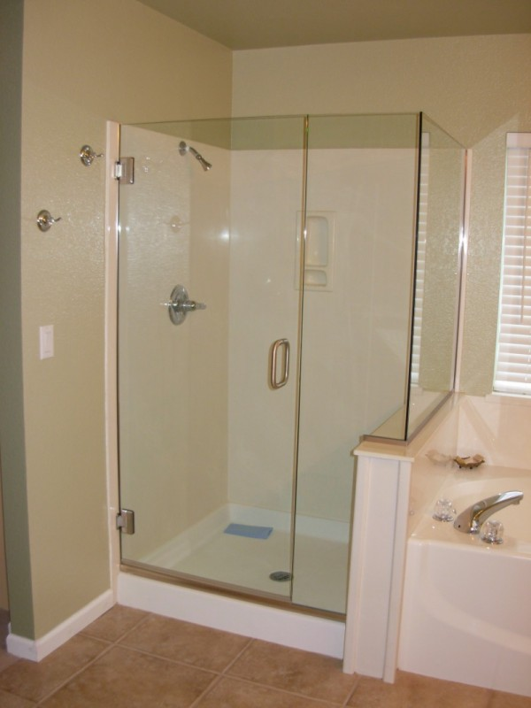 Glass - Shower Enclosure DSCN0194-e1348017459836