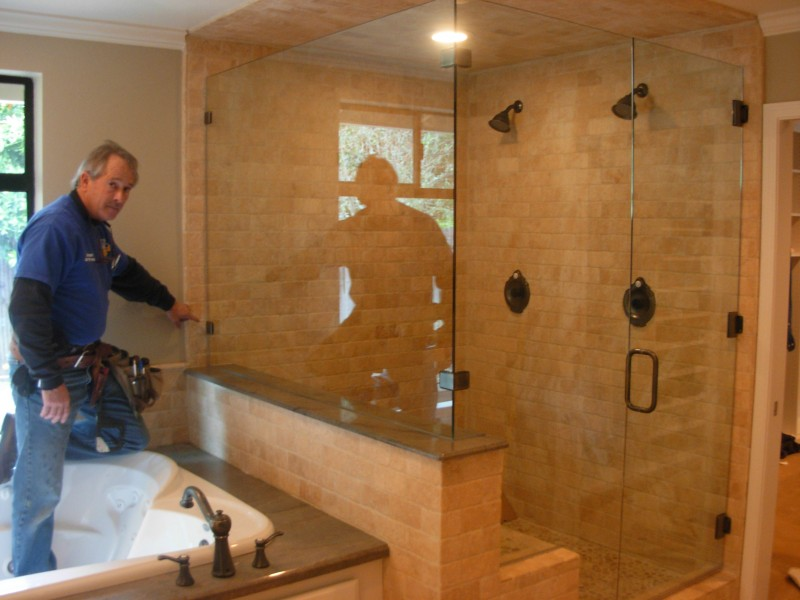 Glass - Shower Enclosure DSCN0447-e1348016997159