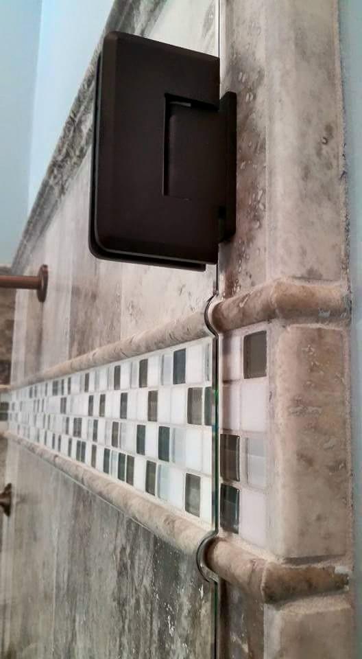 Glass - Shower Enclosure - Frameless Shower_Decostrip_Detail